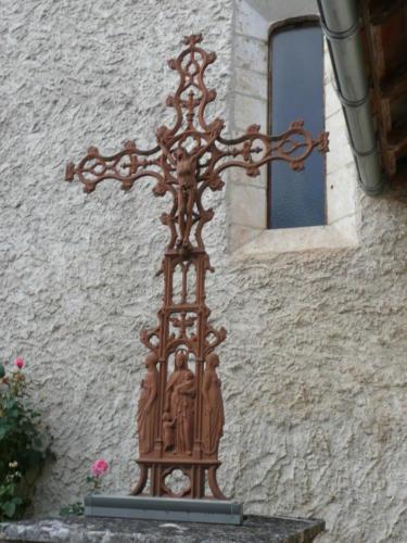Lanzac Eglise Croix